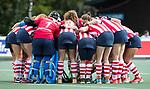 AMSTELVEEN - HDM team huddle ..Hoofdklasse competitie dames, Hurley-HDM (2-0) . COPYRIGHT KOEN SUYK