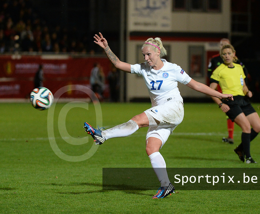 20160412 - LEUVEN ,  BELGIUM : Estonian Eneli Vals  pictured during the female soccer game between the Belgian Red Flames and Estonia , the fifth game in the qualification for the European Championship in The Netherlands 2017  , Tuesday 12 th April 2016 at Stadion Den Dreef  in Leuven , Belgium. PHOTO SPORTPIX.BE / DIRK VUYLSTEKE