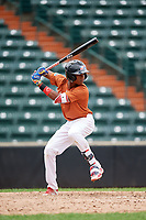 Victor Gonzalez (6) at bat during the Dominican Prospect League Elite Underclass International Series, powered by Baseball Factory, on July 21, 2018 at Schaumburg Boomers Stadium in Schaumburg, Illinois.  (Mike Janes/Four Seam Images)