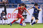 Nguyen Cong Phuong of Vietnam (L) fights for the ball with Tomiyasu Takehiro of Japan (R) during the AFC Asian Cup UAE 2019 Quarter Finals match between Vietnam (VIE) and Japan (JPN) at Al Maktoum Stadium on 24 January 2018 in Dubai, United Arab Emirates. Photo by Marcio Rodrigo Machado / Power Sport Images