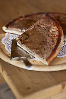 Europe/Suisse/Valais/Troistorrents: Tarte au pommes et à la cannelle dite : Leidein à  La Cavagne - Magasin de producteurs fermiers