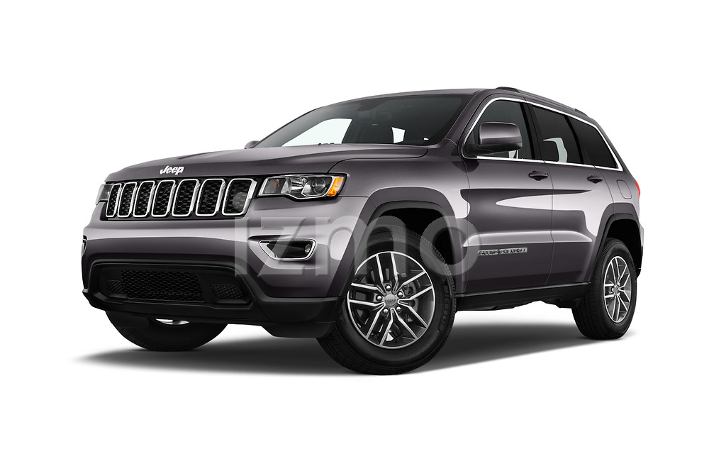 Stock pictures of low aggressive front three quarter view of 2019 JEEP Grand-Cherokee Laredo-E 5 Door SUV Low Aggressive
