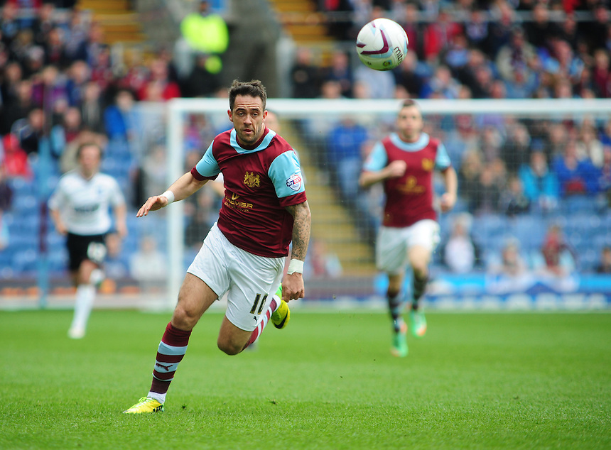 Burnley's Danny Ings <br /> <br /> Photo by Chris Vaughan/CameraSport<br /> <br /> Football - The Football League Sky Bet Championship - Burnley v Ipswich Town - Saturday 26th April 2014 - Turf Moor - Burnley<br /> <br /> &copy; CameraSport - 43 Linden Ave. Countesthorpe. Leicester. England. LE8 5PG - Tel: +44 (0) 116 277 4147 - admin@camerasport.com - www.camerasport.com