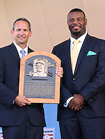 NEW YORK, NY - July 24: Jeff Idelson, President of the Baseball Hall Of Fame presents  Ken Griffey Jr. with his plaque during his  induction into the Baseball Hall of Fame on July 24, 2016 in Cooperstown, New York. Photo Credit:John Palmer/ Media Punch