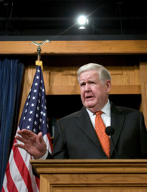 12/07/05.MURTHA ON IRAQ--John P. Murtha, D-Pa., during a news conference after President Bush's speech today to a group of foreign policy experts defending his Iraq policies; the speech was hosted by the Council on Foreign Relations. Murtha was critical of Bush's handling of the war, and said he lacked credibility..CONGRESSIONAL QUARTERLY PHOTO BY SCOTT J. FERRELL