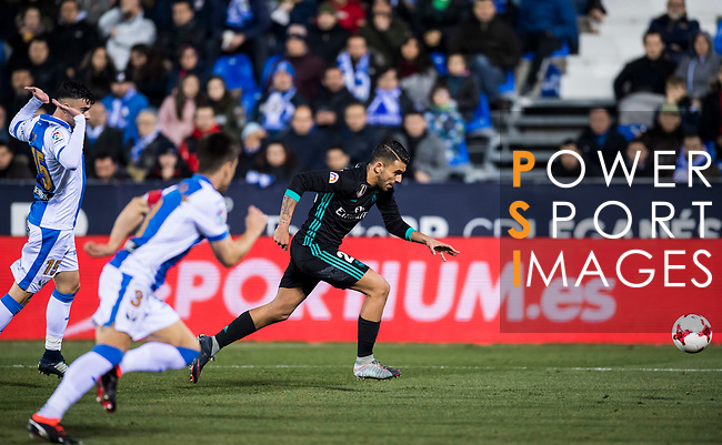 Daniel Ceballos Fernandez, D Ceballos, of Real Madrid is followed by CD Leganes' players during the Copa del Rey 2017-18 match between CD Leganes and Real Madrid at Estadio Municipal Butarque on 18 January 2018 in Leganes, Spain. Photo by Diego Gonzalez / Power Sport Images