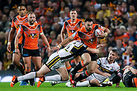 Picture by Alex Whitehead/SWpix.com - 07/10/2017 - Rugby League - Betfred Super League Grand Final - Castleford Tigers v Leeds Rhinos - Old Trafford, Manchester, England - Castleford's Matt Cook is tackled by Leeds' Brad Singleton.