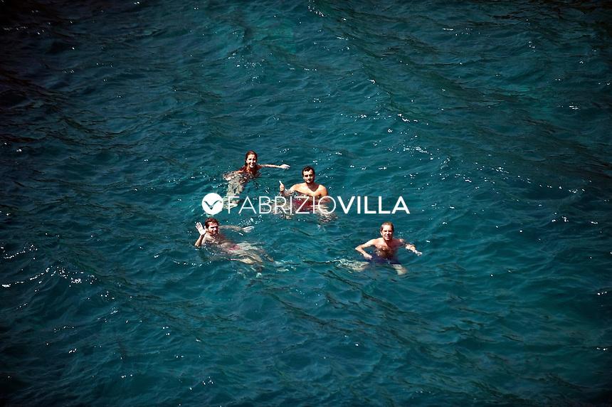 Il mare e le spiagge di Catania e Siracusa dall'elicottero della Guardia Costiera. . Catania..Foto Fabrizio Villa