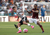 Calcio, Serie A: Roma vs Juventus. Roma, stadio Olimpico, 30 agosto 2015.<br /> Juventus&rsquo; Paulo Dybala, left, is challenged by Roma&rsquo;s Seydou Keita during the Italian Serie A football match between Roma and Juventus at Rome's Olympic stadium, 30 August 2015.<br /> UPDATE IMAGES PRESS/Isabella Bonotto