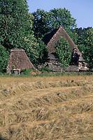 Europe/France/Auvergne/43/Haute-Loire/Moudeyres: La ferme des frères Perrel - Chaumière XVIIème siècle
