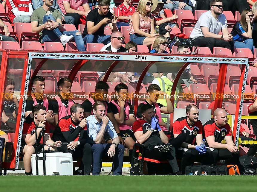MK Dons Manager, Robbie Neilson chats with his Assistant, Stevie Crawford during Swindon Town vs MK Dons, Sky Bet EFL League 1 Football at the County Ground on 8th April 2017