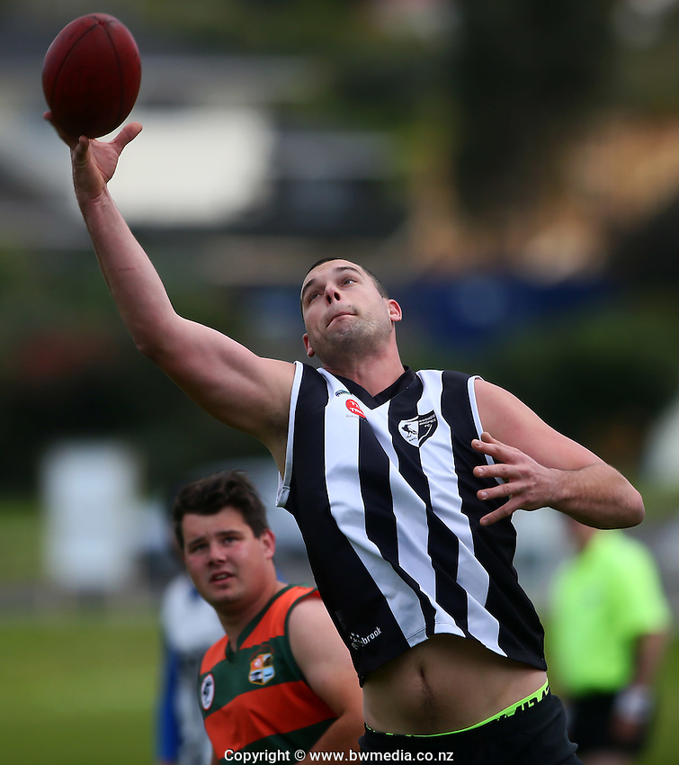 NZ AFL, 15 October 2015. Onepoto Domain, Auckland. Photo: Simon Watts/bwmedia.co.nz<br /> © www.bwmedia.co.nz