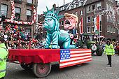 Düsseldorf, Germany. 27 February 2017. Trump taking Liberty. Carnival parade on Shrove Monday (Rosenmontag) in Düsseldorf, North Rhine-Westphalia, Germany.