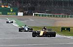 14.07.2017, Silverstone Circuit, Silverstone, FORMULA 1 BRITISH GRAND PRIX 2017, 13.07. - 16.07.2017<br /> , im Bild<br /> Nico H&uuml;lkenberg (GER#27), Renault Sport F1 Team, Marcus Ericsson (SWE#9) Sauber F1 Team<br /> <br /> Foto &copy; nordphoto / Bratic