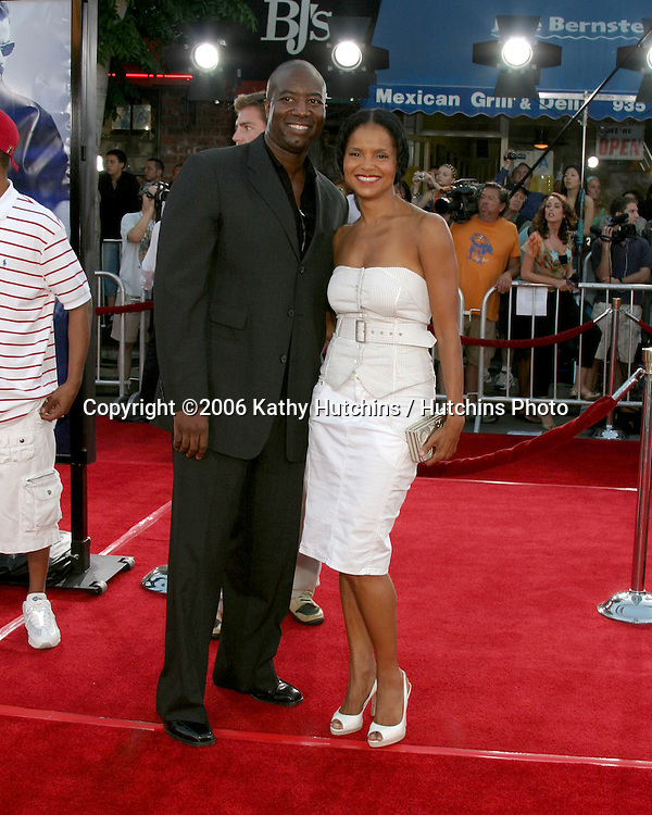 "Victoria Rowell .""Miami Vice"" Premiere.Mann's Village Theater.Westwood, CA.July 20, 2006.©2006 Kathy Hutchins / Hutchins Photo...."