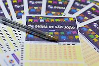 S&Atilde;O PAULO, SP, 20.06.2016 - SORTEIO-QUINA - <br /> Tal&atilde;o do sorteio da Quina de S&atilde;o Jo&atilde;o concurso que esta acumulado em R$ 120.000.000,00 que ser&aacute; sorteado pela Loteria da Caixa dia 24 de junho (Foto: Adailton Damasceno/Brazil Photo Press)