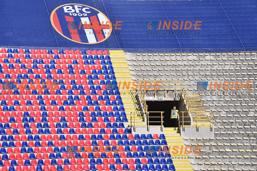 Nuovi seggiolini dello stadio comunale. Stadium new seats <br /> Bologna 29-08-2015 Stadio Dall'Ara Football Calcio Serie A 2015/2016 Bologna - Sassuolo Foto Andrea Staccioli / Insidefoto