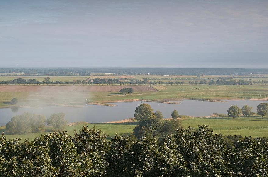 Biosphärenreservat Niedersächsische Elbtalaue; Mission: Black Storks River Elbe Germany; Biosphere Reserve Middle Elbe; Landscape; River Elbe; panorama