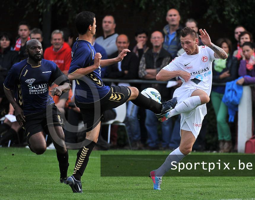 KV Kortrijk - SV Kortrijk : duel met Teddy Chevalier (rechts)<br /> foto VDB / Bart Vandenbroucke