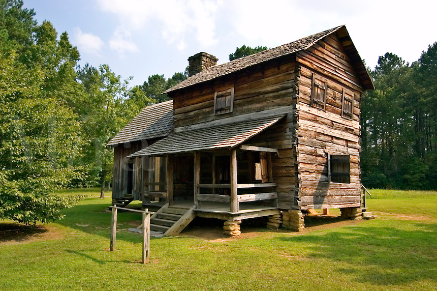 The Vann Tavern, a Cherokee store built around 1805 by James Vann, a wealthy Cherokee plantation owner.  Moved to New Echota in 1955, it was originally built near the Chattahoochee River in what is now Forsyth County, Georgia.  The tavern served travelers on the Federal Road as a restaurant, store, and inn.