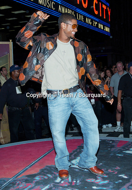 Usher arriving at the 2002 MTV Video Music Awards at the Radio City Music Hall in New York. August 29, 2002.