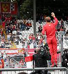 01.09.2018, Autodromo di Monza, Monza, FORMULA 1 GRAN PREMIO HEINEKEN D'ITALIA 2018<br />,im Bild<br />Sebastian Vettel (GER#5), Scuderia Ferrari steht auf der Boxenmauer und winkt den Fans zu<br /> <br /> Foto &copy; nordphoto / Bratic