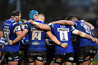 Bath Rugby players huddle together during a break in play. Gallagher Premiership match, between Bath Rugby and Sale Sharks on December 2, 2018 at the Recreation Ground in Bath, England. Photo by: Patrick Khachfe / Onside Images