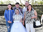 Kayla Flood who received her first holy communion in St Brigid's church Dunleer pictured with herparents Gerry and Sandra, brother Dion and sister Aaliyah. Photo:Colin Bell/pressphotos.ie