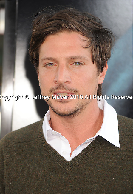 "HOLLYWOOD, CA. - June 02: Simon Rex arrives at the ""Splice"" Los Angeles Premiere at Grauman's Chinese Theater on June 2, 2010 in Hollywood, California."