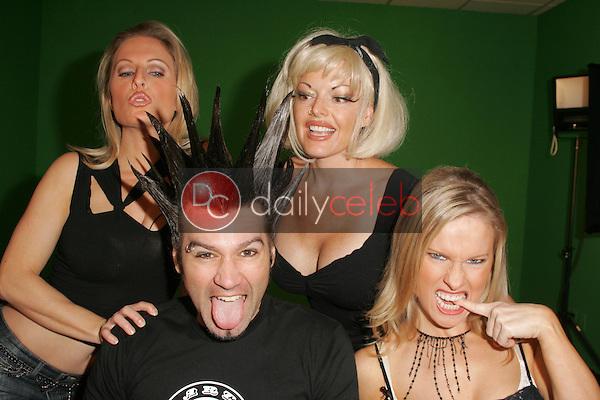 """Diane Klimaszewski and Phil X with Ninette Terhart and Elaine Klimaszewski<br />on the set of """"Twin's TV"""". Private Location. Sherman Oaks, CA. 09-15-05<br />Dave Edwards/DailyCeleb.com 818-249-4998"""