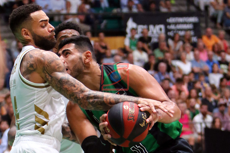 Liga ENDESA 2019/2020. Game: 01.<br /> Club Joventut Badalona vs Real Madrid: 69-88.<br /> Jeff Taylor vs Kerem Kanter.