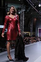 SÃO PAULO, SP, 27 DE FEVEREIRO DE 2012 - DESFILE POLO MODA - A apresentadora Solange Frazao Desfile da Colecao Outono Inverno 2012, no Polo Moda, maior shopping de atacado e pronta-entrega do Brasil na regiao leste da capital paulista na tarde dessa segunda-feira 27. FOTO: MILENE CARDOSO - BRAZIL PHOTO PRESS.