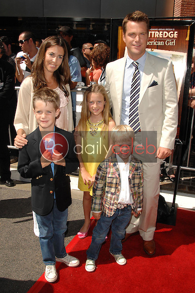 """Chris O'Donnell, wife Caroline, daughter Lily, sons Charles and Christopher<br />at the world premiere of """"Kit Kittredge: An American Girl"""". The Grove, Los Angeles, CA. 06-14-08<br />Dave Edwards/DailyCeleb.com 818-249-4998"""