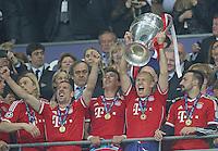 LONDRES; INGLATERRA; 25 DE MAIO 2013 - LIGA DOS CAMPEOES DA EUROPA BAYERN DE MUNIQUE X BORUSSIA DORTMUND - Jogadores do Bayern de Munique comemoram conquista da Liga dos Campeões da Europa apos vencer por 2 a 1 o Borussia Dortmund no Estádio de Wembley em Londres na Inglaterra; neste sábado; 25. (FOTO: PIXATHLON / BRAZIL PHOTO PRESS).