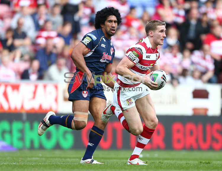 PICTURE BY VAUGHN RIDLEY/SWPIX.COM - Rugby League - Challenge Cup Quarter-Finals - Wigan Warriors v St Helens Saints - DW Stadium, Wigan, England - 12/05/12 - Wigan's Sam Tomkins.