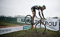 Tom Meeusen (BEL/Telenet-Fidea) is only one of the very few mastering the bunnyhop on this extremely demanding course<br /> <br /> Noordzeecross - Middelkerke 2016