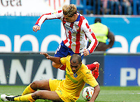 Atletico Madrid´s Spanish forward Fernando Torres and Getafe´s Naldo
