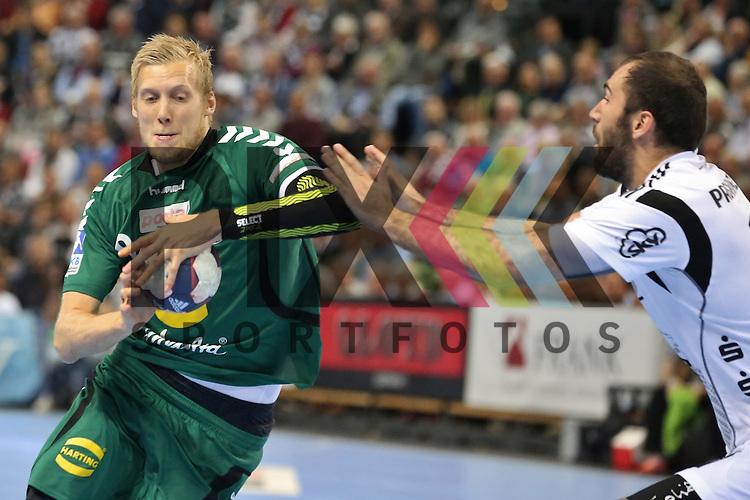 Kiel, 20.05.15, Sport, Handball, DKB Handball Bundesliga, Saison 2014/2015, THW Kiel - GWD Minden : Christoffer Rambo (GWD Minden, #09), Joan Ca&ntilde;ellas (THW Kiel, #21)<br /> <br /> Foto &copy; P-I-X.org *** Foto ist honorarpflichtig! *** Auf Anfrage in hoeherer Qualitaet/Aufloesung. Belegexemplar erbeten. Veroeffentlichung ausschliesslich fuer journalistisch-publizistische Zwecke. For editorial use only.