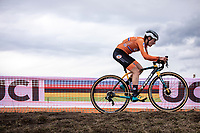 Lucinad Brand (NED) chasing <br /> <br /> Women's Elite Race<br /> UCI 2020 Cyclocross World Championships<br /> Dübendorf / Switzerland<br /> <br /> ©kramon