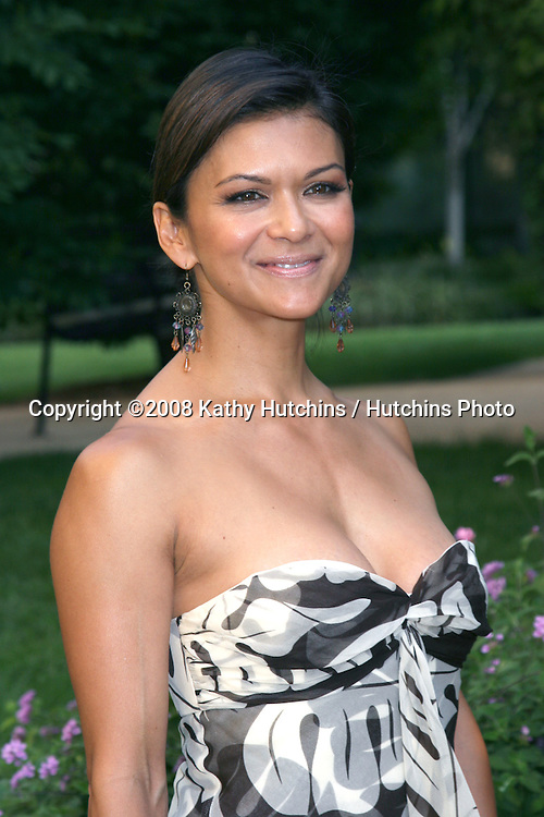 Nia Peeples arriving at the Academy of Television Arts & Sciences reception for 2008 Daytime Emmy Nominees.Savannah Resturant.Burbank,  CA.June 9, 2008.©2008 Kathy Hutchins / Hutchins Photo .