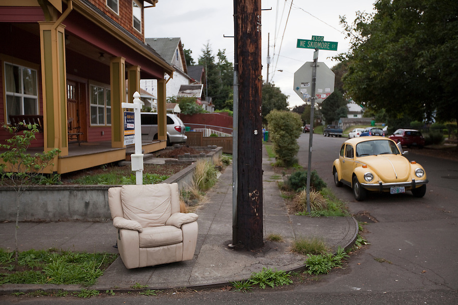#Furnitureinthewild in Portland