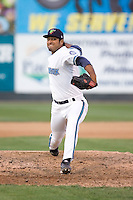 July 4, 2009: Everett AquaSox pitcher Andres Esquibel make a relief appearance against the Yakima Bears during a Northwest League game at Everett Memorial Stadium in Everett, Washington.
