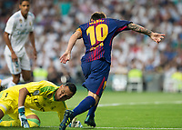 FC Barcelona´s Argentinean forward Lionel Messi and Real Madrid´s Costa Rican goalkeeper Keylor Navas
