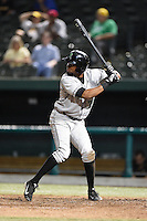 Dayton Dragons first baseman Robert Ramirez (25) at bat during a game against the South Bend Silver Hawks on August 20, 2014 at Four Winds Field in South Bend, Indiana.  Dayton defeated South Bend 5-3.  (Mike Janes/Four Seam Images)