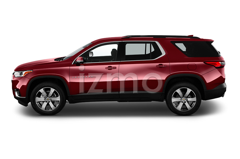 Car driver side profile view of a 2019 Chevrolet traverse 3LT 5 Door SUV