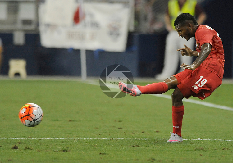 Panama Alberto Quintero (19) passes to a teammate in the first half. Panama tied the USA 1-1 in a Group A game during the Gold Cup 2015 at Sporting Park in Kansas City, Kansas on Monday July 13, 2015.