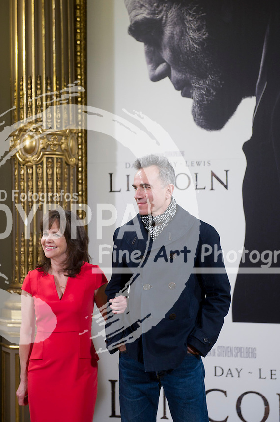 American actress Sally Field; British actor Daniel Day Lewis