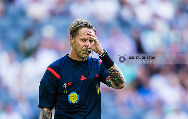 Stockholm 2014-07-20 Fotboll Superettan Hammarby IF - &Ouml;sters IF :  <br /> domare Lars Olsson <br /> (Foto: Kenta J&ouml;nsson) Nyckelord:  Superettan Tele2 Arena Hammarby HIF Bajen &Ouml;ster &Ouml;IF portr&auml;tt portrait