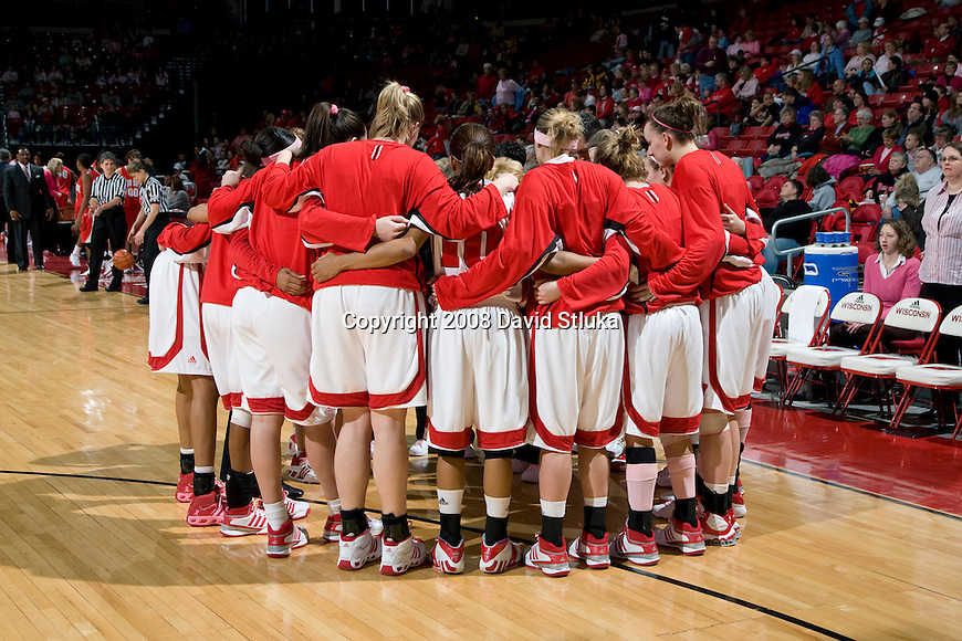 MADISON, WI - FEBRUARY 10: The Wisconsin Badgers women's basketball team huddles prior to the game against the Ohio State Buckeyes at the Kohl Center on February 10, 2008 in Madison, Wisconsin. Ohio State beat Wisconsin 80-77. (Photo by David Stluka)