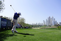 Lee Westwood (ENG) tees off on the 8th tee during Sunday's Final Round of the 2012 Omega Dubai Desert Classic at Emirates Golf Club Majlis Course, Dubai, United Arab Emirates, 12th February 2012(Photo Eoin Clarke/www.golffile.ie)